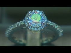 Engagement ring: watch how its made