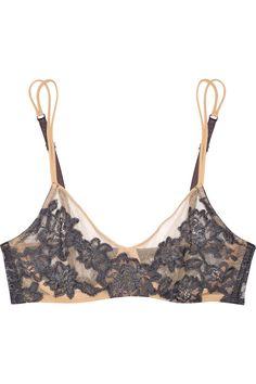 LA PERLA  Lace-appliquéd stretch-mesh underwired bra