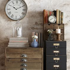 From Achica.com - Nice combo of accessories for your rustic interior.