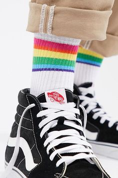 Landsr Mens Gay LGBT rainbow colors hand shape Print Casual Athletic Classic Dress Crew Socks