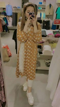 Stylish Dresses For Girls, Stylish Girls Photos, Stylish Girl Pic, Fancy Dress Design, Stylish Dress Designs, Simple Pakistani Dresses, Pakistani Dress Design, Dress Picture, Fashion Dresses