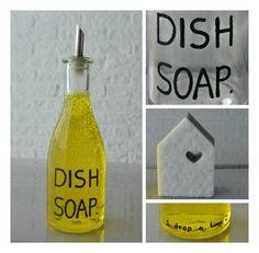 Simple thoughts afwasmiddel fles, diy dish soap bottle Cleaning Hacks, Diys, Shampoo, Trials, Bottle, Simple, Paleo, Earth, Graphic Design