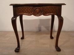Rzeźbiony prostokątny stolik kawowy Stoliczek w idealnym stanie Ludwik Zgierz - image 1