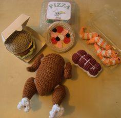 dinette au crochet : dinde, hamburger, crevettes, rôti de bœuf, pizza : Jeux, jouets par la-maman-des-marmottons