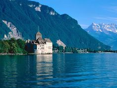 Chateau De Chillon Lake Geneva Switzerland Pic On Design You Trust Beautiful Places To Live, Best Places To Live, The Places Youll Go, Wonderful Places, Places To Travel, Places To See, Travel Destinations, Beautiful Scenery, Amazing Places