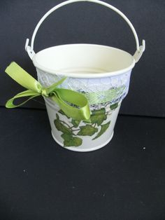 craft Ivy Leaf, Ornaments, Green, Crafts, Manualidades, Decorations, Craft, Crafting, Handicraft