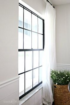 Need to update your windows, but don't have the budget? I have an idea that you are going to love! I can show you how I updated our dated windows for cheap! Here's how I painted black window panes and it turned out amazing! Black Window Trims, Black Windows, Diy Windows, Painted Window Panes, Window Frames, Window Grids, Interior Window Trim, Shops, Home Remodeling Diy