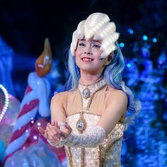 HappyBirthday お誕生日おめでとうございます  いっつも優しくて気配りしてもらえて 主役ドロボーなお姉さん  ステキな一年になりますように  #happybirthday #お誕生日 #廣瀬愛 さん Elsa, Disney Characters, Fictional Characters, Disney Princess, Fantasy Characters, Disney Princesses, Disney Princes