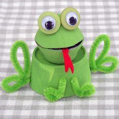 Egg Carton Frog | AllFreeKidsCrafts.com