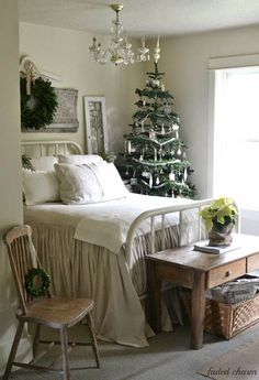 white Christmas bedroom ideas Home decor Bedroom decor Home ideas  bedsheets. This looks amazing but not a big enough bed for me :)!