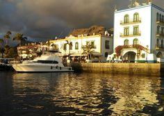 Atardecer en el Puerto de Mogan, Gran Canaria.
