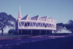 """New Khmer Architecture and Japan"" Explores the Link Between Cambodian and Japanese Modernism"