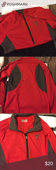 Under armor cold gear, half zip pull over, TTU Under armor cold gear, semi fitted pull over, size Large. Perfect for Texas tech university game day. texas tech university Jackets & Coats