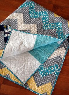 Zig zag quilt with no triangles--great how to