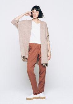 Strukturstickad raglan-tröja