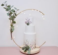 Excited to share this item from my shop: Crescebt moon Cake Hoop Stand, Hoop and base sold separately - made with reclaimed recycled rustic timber. Ideal for Weddings and Celebratio Wooden Cake Stands, Metal Cake Stand, Cake Sizes, Cake Makers, Moon Cake, Cake Pictures, Cake Table, Metallic Colors, How To Make Cake