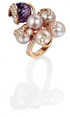 Ring in Pink Gold with Australian Pearls, Amethyst and White Diamonds