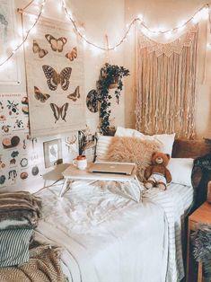 Dorm Room Designs, Room Design Bedroom, Room Ideas Bedroom, Bedroom Designs, Modern Bedroom, Whimsical Bedroom, Stylish Bedroom, Bedroom Inspo, Bedroom Inspiration