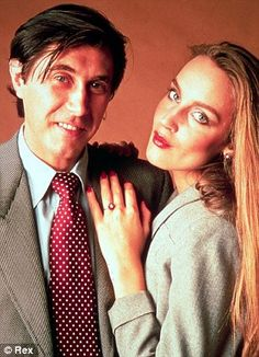 Bryan Ferry love and kissing compilation @ www.wikilove.com