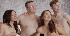Insanely Awkward Family Photos (MUST SEE)