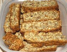 Growwe (all Bran) Beskuit South African Dishes, South African Recipes, Buttermilk Rusks, Rusk Recipe, Snack Recipes, Cooking Recipes, Bread Recipes, All Bran, Personal Recipe