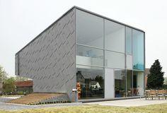 Villa | Belgium | Van De Voorde - Piffet Architecten | photo © philip dujardin