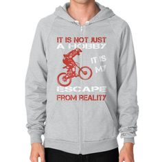 Mountainbiking escape Zip Hoodie (on man)