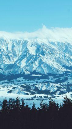 新潟の山 Niigata, Budapest Hungary, Perfect Place, Landscape Photography, Places To Go, Scene, Japan, Mountains, World