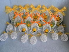 DIY Easter Egg Basket from Thread 12