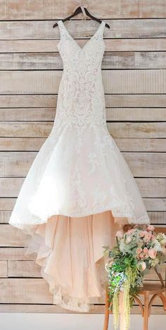Modest V Neck Mermaid Long Sleeveless Lace Appliques Wedding Dress with Train #mermaid #wedding #dress #bridal #bride #lace #train