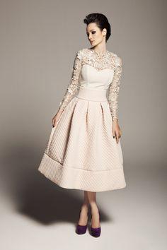 Closh Yeni Koleksiyon 2014 2015 Beyaz Renkli Dantelli Uzun Kollu Elbise Modeli