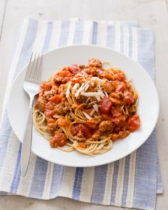 Pasta Bolognese - What's Cooking? USDA Mixing Bowl #MyPlate #WhatsCooking