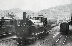 """Ffestiniog Railway engine """"Welsh Pony"""" at Duffws station, Blaenau Ffestiniog"""