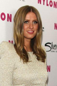 Nicky Hiltons honey blonde hairstyle