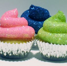 Glitter Cupcakes, so cool would love to take these to school.