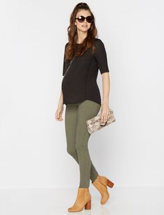 secret fit belly signature pocket skinnny leg maternity pants by 7 For All Mankind available at A Pea in the Pod | 5 Wardrobe Secrets for Surviving the First Trimester