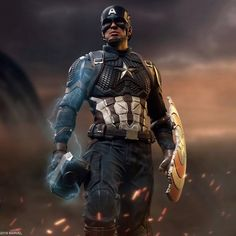 Marvel Captain America (Deluxe) Statue by Iron Studios Marvel Dc Comics, Marvel Avengers, Marvel Heroes, Marvel Art, Captain America Statue, Captain America Wallpaper, Captain America Civil War, Black Panthers, Jeremy Renner