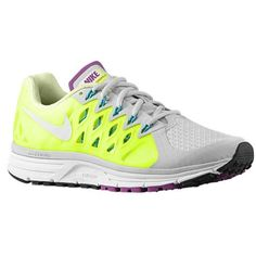 low cost aa141 e0ba5 Amazon.com   Nike Women s Zoom Vomero 9 Running Shoe   Running