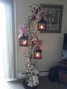 I finally got it done. Christmas Mom, Christmas Projects, Christmas Wreaths, Christmas Ornaments, Christmas Ceiling Decorations, Christmas Door Decorating Contest, Holiday Centerpieces, Lantern Centerpieces, Christmas Crafts
