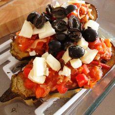 Gezond recept met aubergine met tomatensaus en geitenkaas. Gezond eten. Lekker en gezond. Blog met gezonde gerechten. Pure keuken.