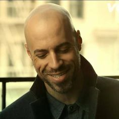Chris Daughtry walks off stage after being asked to sing 'My Country Tis of Thee' Gorgeous Men, Beautiful People, Chris Daughtry, Bald Men, Law Of Attraction Affirmations, Man Alive, Celebrity Photos, Musicals, Singing