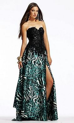 love the combination of the blue and the animal print..would SO wear this dress!