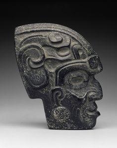 "Increíble MAYA "" Hacha cabeza trofeo 'hecha de negro diorita circa 750 dC   (Incredible Maya ~ Axe trophy head made of black diorite circa 750 AD)"