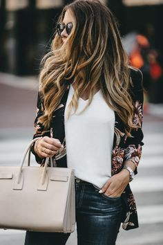 A Casual Weekend Downtown | The Teacher Diva: a Dallas Fashion Blog featuring Beauty & Lifestyle