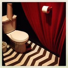 A TWIN PEAKS themed Bar In Vancouver! I want to go to there.