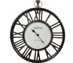 De klok die ons doet denken aan de old fashion stationsklok - Goossens wonen & slapen