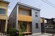 [エクステリア1 スタイリッシュ image] Japanese Modern, Facade House, Tiny House Design, Facades, Exterior, Building, Outdoor Decor, Room, Townhouse
