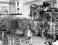 Lunar Lander, Apollo Missions, Lost In Space, Space Exploration, Spacecraft, Spaceship, Nasa, Rockets, Dinosaurs