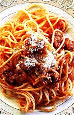#simplyrecipescom #recipebyflorab #recipeblogger #foodan... Easy Sausage Recipes, Italian Sausage Recipes, Sweet Italian Sausage, Spicy Sausage, Healthy Dinner Recipes, Italian Sausage Spaghetti, Sausage Tortellini, Chicken Spaghetti, Spaghetti Recipes
