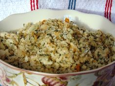 Stuffed At the Gill's: Newfoundland Savoury Dressing/Stuffing Gefüllt im Gill's: Newfoundland Savory Dressing / Stuffing Rock Recipes, Great Recipes, Favorite Recipes, Jiggs Dinner, Turkey Stuffing Recipes, Turkey Dressing, Newfoundland Recipes, Summer Savory, Canadian Food